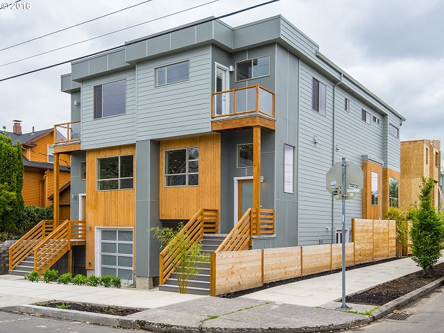 Portland Townhouse in the Sabin Neighborhood
